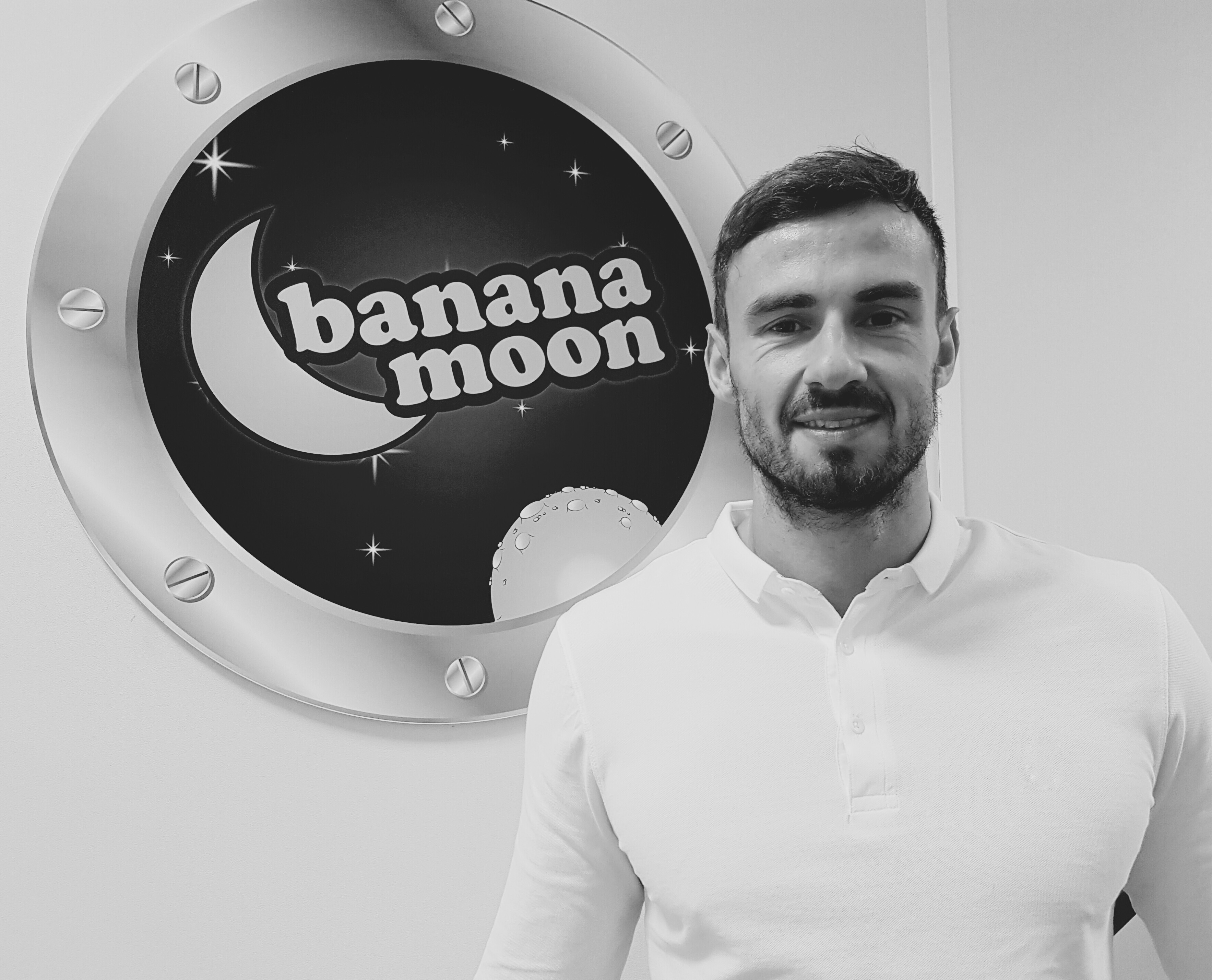Hobnobbing with Alex Grace from Banana Moon
